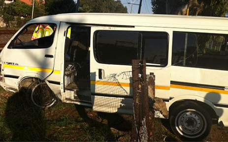A minibus taxi transporting schoolchildren narrowly missed colliding with an oncoming train near the Observatory Station on 15 June 2012. Picture: Nathan Adams/EWN