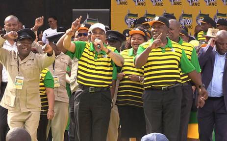 President Jacob Zuma alongside his deputy Cyril Ramaphosa at the ANC's election manifesto on 16 April, 2016. Picture: Vumani Mkhize/EWN.