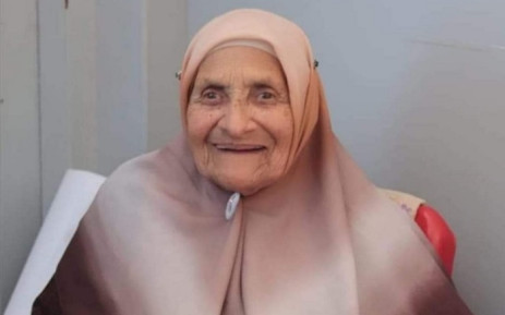 District Six's oldest living land claimant Shariefa Khan turns 100 on the 25th of April., 2021. Picture: Supplied.