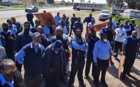 Golden Arrow staff threaten to strike over 'changes' to employment conditions, Newsline