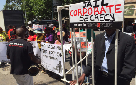 The Right2Know Campaign pickets outside the JSE, they are protesting against corporate corruption ahead of the anti corruption march on Wednesday. Picture: Vumani Mkhize/EWN.