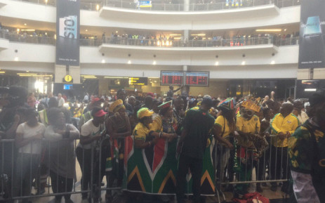 Plenty of Bafana Bafana supporters at OR Tambo International Airport waiting for the team's arrival from Tunisia where they qualified for the Afcon 2019 with a 2-1 win over Libya. Picture: Philasande Sixaba/EWN