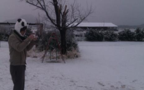 Snow near Richmond in the Karoo, Western Cape, on 14 July 2012. Picture: Simon de la Rouviere/iWitness