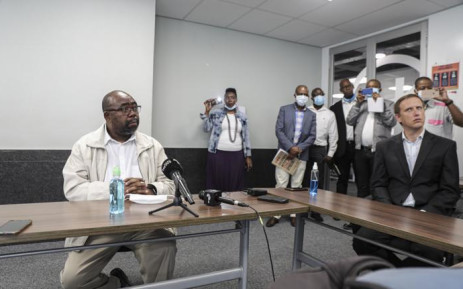 Labour Minister Thulas Nxesi during a walkabout at the extended UIF call centre in Johannesburg. Picture: Kayleen Morgan/EWN