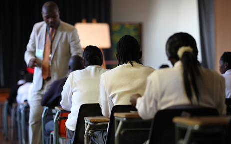 FILE: Grade 12 learners prepare to write an exam. Picture: EWN.