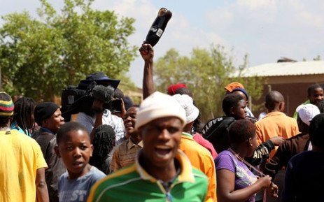 FILE: Protesters looted foreign owned spaza shops in Bekkersdal during a violent service delivery protest. Picture: Sebabatso Mosamo/EWN.