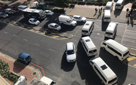 Taxi drivers have blocked traffic at the corner of Somerset and Ebenhezer Roads in Greenpoint. Picture: Kevin Brandt/EWN