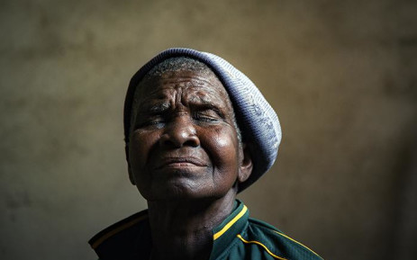 Gogo Mukhavhuli (91) talks about living with her own #DayZero for 35 years in Dididi, Limpopo, which two kilometres from the banks of the Nandoni Dam. Picture: Sethembiso Zulu/EWN