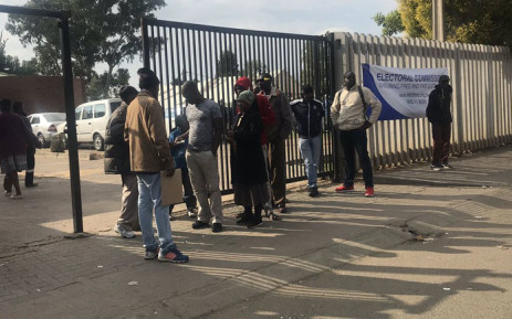 Alexandra residents line up to cast their vote on 8 May 2019. Picture: EWN