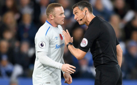 Everton forward Wayne Rooney has a moment with the referee during the English Premier League clash against Leicester City on 29 October 2017. Picture: Facebook.