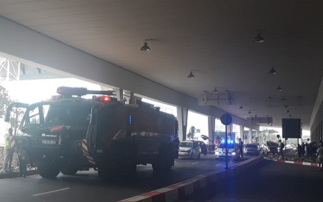 A fire engine at OR Tambo International Airport's lower terminal dropoff on 25 February 2019. Picture: @Ortambo_int/Twitter