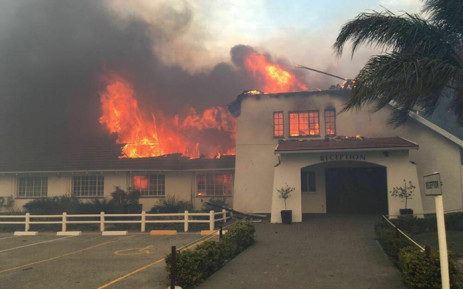 FILE: Firefighters are reportedly trying to extinguish the fire that's also engulfed the library and music blocks at the Woodridge College and Preparatory School near Port Elizabeth. Picture: Nelson Mandela Bay Municipality.