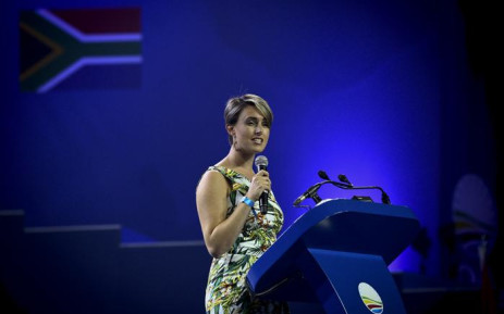 Natalie Maimane, the wife of DA leader Mmusi Maimane, addresses delegates at the party's elective congress in Tshwane on 7 April 2018. Picture: Sethembiso Zulu/EWN