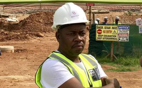 FILE: Ekurhuleni Mayor Mzwandile Masina at a construction site. Picture: @mzwandileMasina/Twitter.