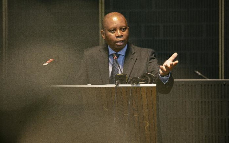 Johannesburg Mayor Herman Mashaba briefs the media on 24 April at the council chambers. Picture: Kayleen Morgan/EWN