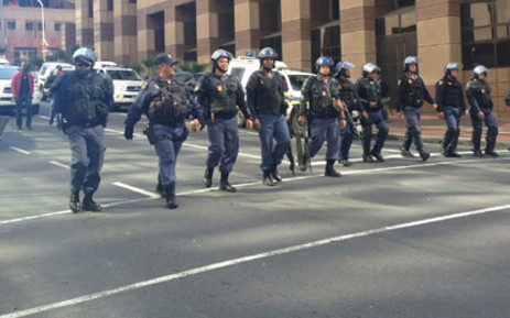 FILE: Police during the construction workers strike in the Cape Town CBD. Picture: Renee de Villiers/EWN