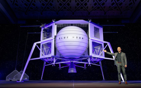 Blue Origin founder Jeff Bezos unveils the 'Blue Moon' lander. Picture: @blueorigin/Twitter