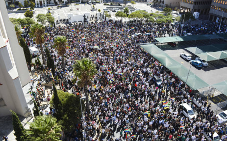 Anti-President Jacob Zuma protesters gathered at the gates of Parliament. Picture: Imran Goga/EWN.