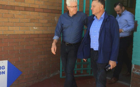 DA's Tony Leon and Alan Winde on the campaign trail in the Western Cape. Picture: @WesternCapeDA/Twitter.