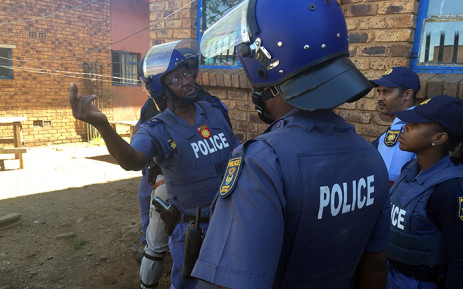 Police used rubber bullets, tear gas and stun grenades to disperse crowds of South African residents living in Actonville, Benoni who were threatening foreigners living in the neighbourhood with violence. Picture: Reinart Toerien/EWN