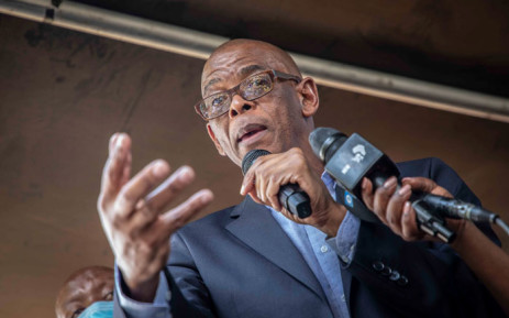 ANC secretary general Ace Magashule addresses supporters outside the Bloemfontein Magistrates Court where he appeared on 13 November 2020 on corruption-related charges. Picture: Abigail Javier/EWN