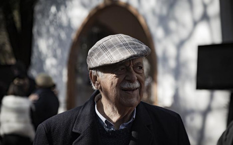 FILE: Human rights lawyer George Bizos at the soil turning ceremony at Nelson Mandela's former home in Houghton, which will be turned into a boutique hotel. Picture: EWN