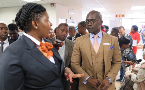 FILE: Minister Malusi Gigaba recently toured the newly renovated Edenvale Home Affairs offices. Photo: Louise McAuliffe.
