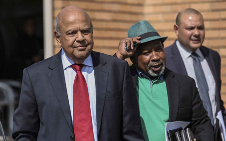 Public Enterprises Minister Pravin Gordhan and Eskom chairperson Jabu Mabuza at Lethabo Power Station on 3 April 2019. Picture: Abigail Javier/EWN
