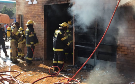 Firefighters attend to a fire at the Tshwane University of Technology (TUT)'s Soshanguve north campus on 24 August 2018. Picture: Pelane Phakgadi/EWN