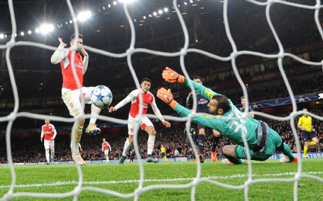 Alexis Sanchez scored twice and Mesut Ozil headed the other goal as never-say-die Arsenal beat Dinamo Zagreb 3-0 on 24 November 2015. Picture: Official Arsenal Facebook page.