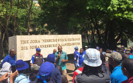 DA leader Mmusi Maimane addressing supporters outside the old Johannesburg Stock Exchange building in Newtown. Picture: @Our_DA/Twitter.