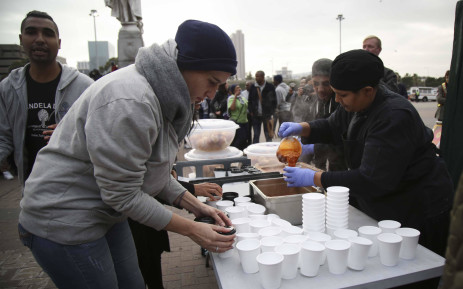 FILE: The Desmond and Leah Tutu Foundation and their Youth at Work members walked through Cape Town CBD handing out warm soup as part of Mandela Day activities. Picture: Cindy Archillies/EWN