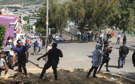 Bo-Kaap residents clash with police over a private development in the area on 20 November 2018. Picture: Monique Mortlock/EWN