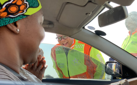 Transport Minister Fikile Mbalula interacts with a motorist in Limpopo on 18 June 2019. Mbalula was in that province to interact with traffic officers following recent fatal road traffic accidents. Picture: @MbalulaFikile/Twitter.