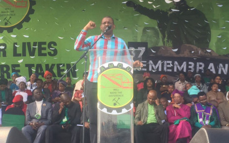 Advocate Dali Mpofu addresses the crowd gathered to remember the 44 people killed four years ago at the North West Platinum Mine. Picture: Gia Nicolaides/EWN.