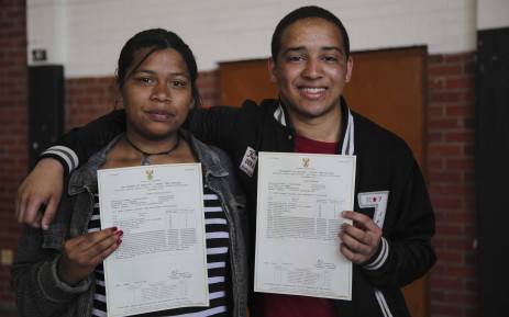 Two Matriculants from Modderdam High School in Bonteheuwel. Picture: Cindy Archillies/EWN