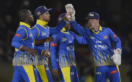 FILE: Cape Cobras players celebrate after taking a wicket against the Warriors. Picture: Twitter/@OfficialCSA