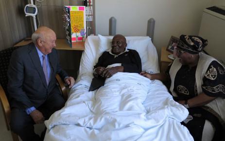 Former South African President Mr FW De Klerk visited fellow Nobel Peace Laureate Archbishop Emeritus Desmond Tutu in hospital. Pitcure: Benny Gool/Oryx Media.