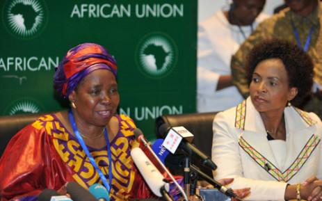 The AU's Nkosazana Dlamini-Zuma (L) and International Relations Minister Maite Nkoana-Mashabane (R). Picture: JGCIS