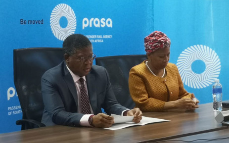 FILE: Transport Minister Fikile Mbalula (left) launches the Prasa War Room on 8 August 2019. Picture: EWN