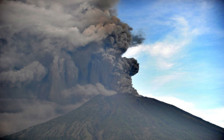 General view of Mount Agung during an eruption seen from Kubu sub-district in Karangasem Regency, on Indonesia's resort island of Bali on 26 November 2017. Picture: AFP.