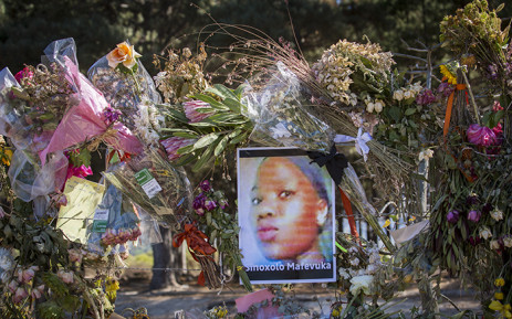 FILE: A photograph of Khayelitsha teenager Sinoxolo Mafevuka on the fence of the Lower Tokai Park after mourners left tributes to the murdered girl. Picture: Aletta Harrison/EWN.