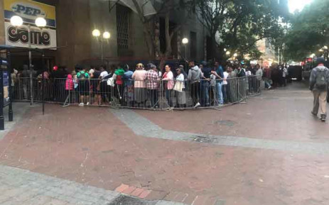 Shoppers queue outside Game in the Cape Town CBD on 29 November 2019. Picture: Lizell Persens/EWN