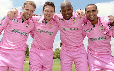 The Proteas support the Pink Drive on 17 March 2013. Picture: Supplied.