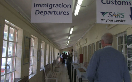 FILE. The Home Affairs Department wants to clamp down on companies & individuals employing foreigners without working visas. Picture: Reinart Toerien/EWN