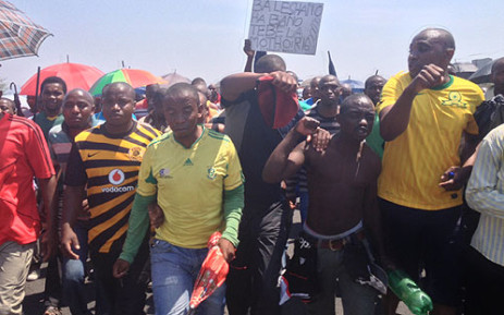 Amplats miners march to Bleskop Stadium in Rustenburg on 6 October 2012. Picture: Govan Whittles/EWN