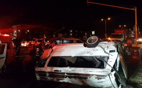 Approximately 20 people were left injured this evening following a taxi rollover on William Nicol Drive in Bryanston, Johannesburg. Picture: @ER24EMS/Twitter.