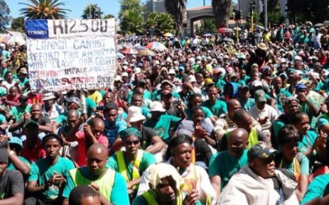 Thousands of Amcu mineworkers march to Lonmin's headquarters in Melrose Arch on 3 April. Picture: Govan Whittles/EWN.