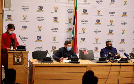 Minister of Transport Fikile Mbalula (R) was joined by Western Cape Member of the Executive Council (MEC) responsible for Transport, Daylin Mitchell (C), during a briefing on developments regarding the taxi industry in Cape Town on 22 July 2021. Picture: @EsethuOnDuty/twitter.