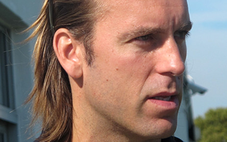 Former Liverpool goalkeeper Sander Westerveld is hoping to join Ajax Cape Town.